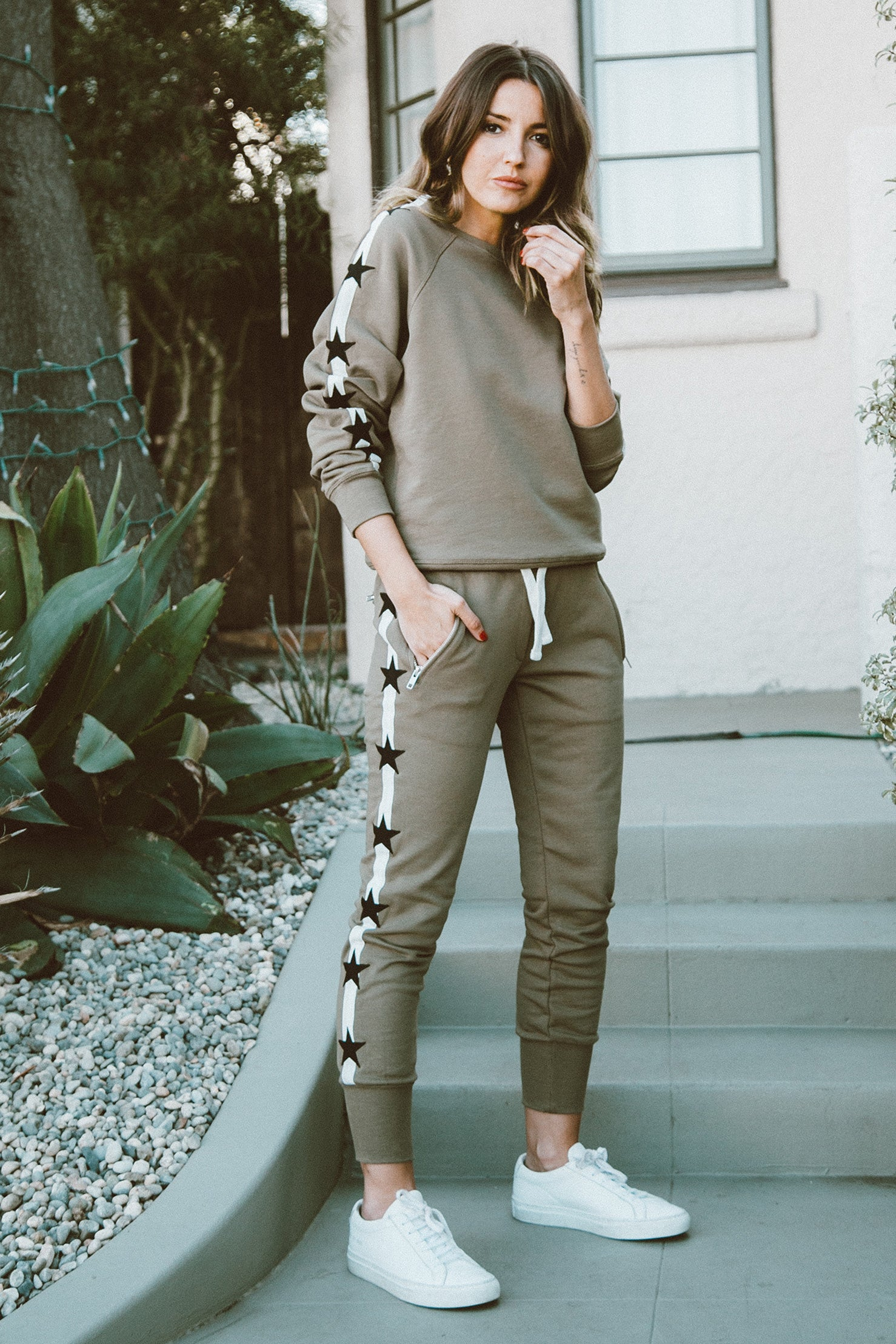 Track Star Sweatshirt in Olive
