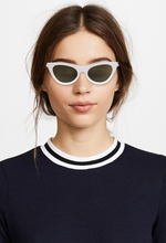 Load image into Gallery viewer, Le Specs Enchantress Sunglasses