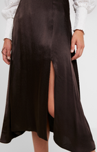 Load image into Gallery viewer, Soaked In Luxury Edita Skirt