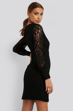 Load image into Gallery viewer, NA-KD Balloon Sleeve Lace Dress
