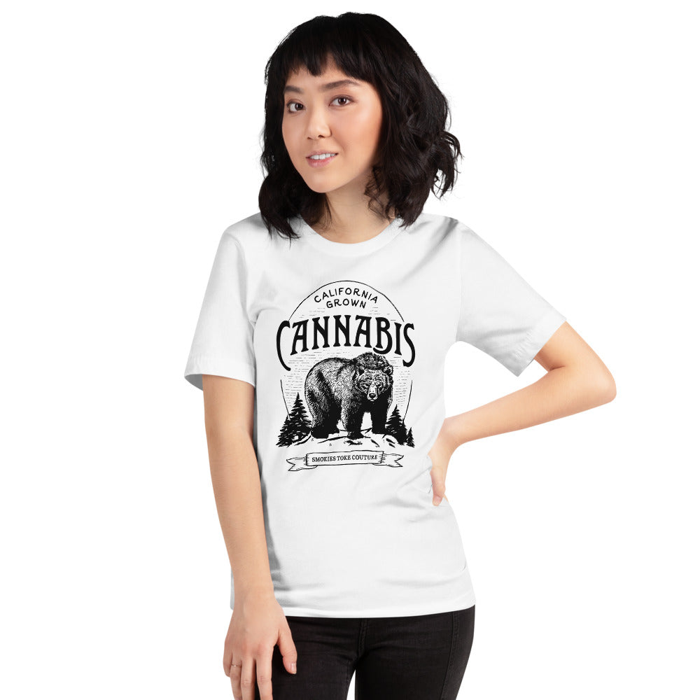 California Cannabis Bear - UNISEX shirt Short-Sleeve T-Shirt weed shirt tee shirt unisex vintage stoner girl etching