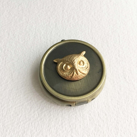 pillbox vintage cannabis box tin owl bird