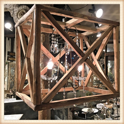 Woodframe Light Fixture Single