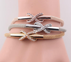 Multilayer Infinity Snake Chain Bracelet with Rhinestone