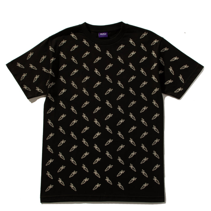 ALL OVER CARROTS TEE - BLACK