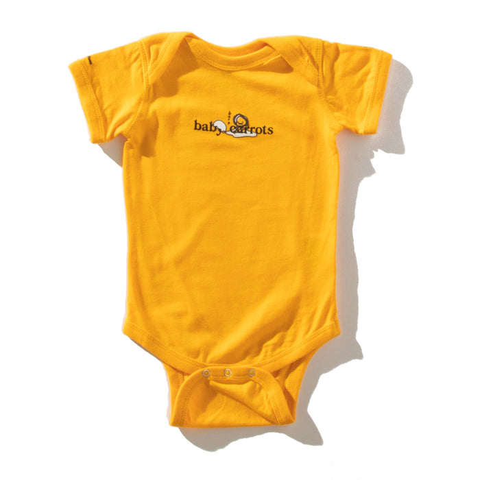 BABY GUDETAMA CARROTS BY SANRIO ONESIE - YELLOW CARROT