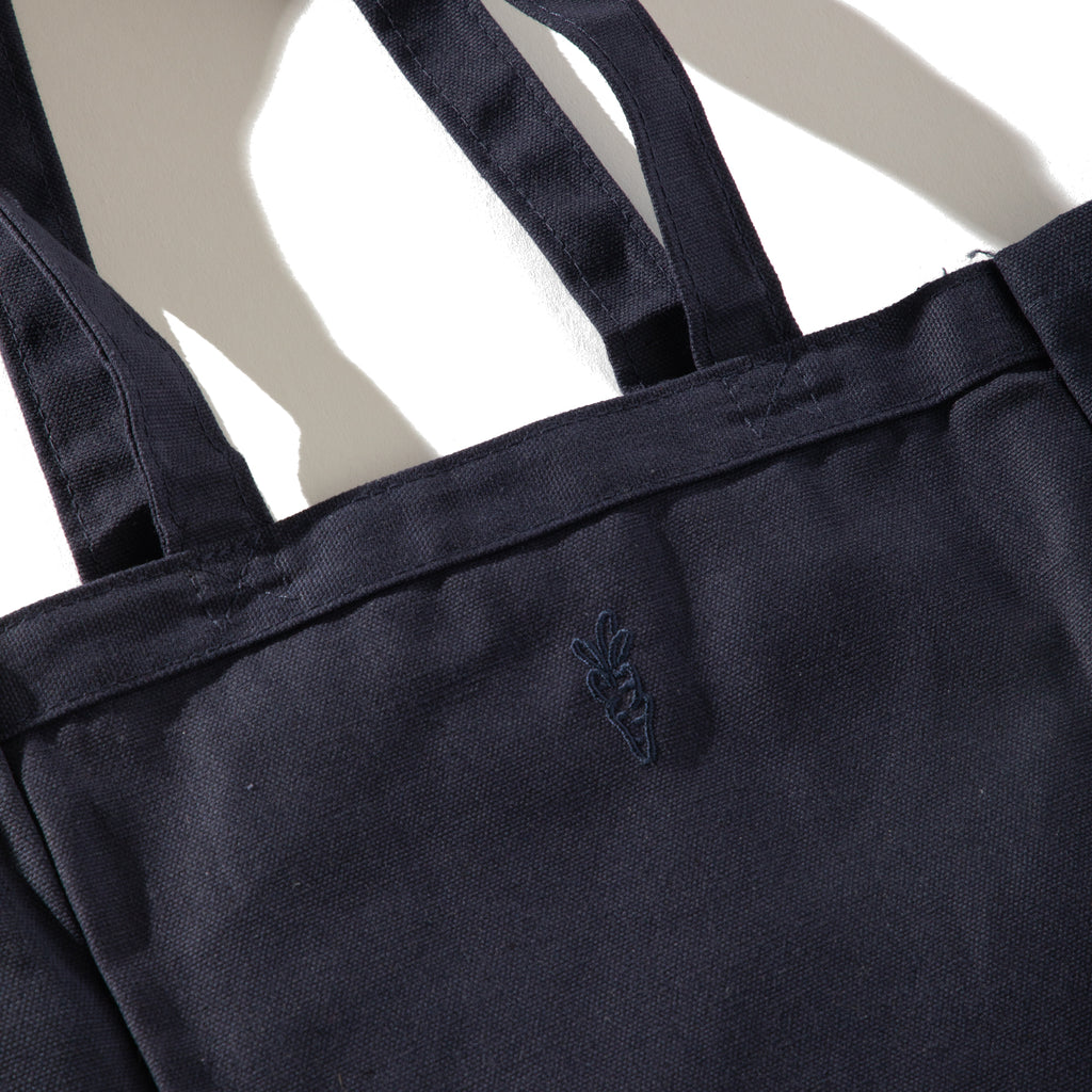"CARROTS X INARI ""EYE CHART"" TOTE BAG - NAVY"