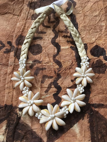 Cowry and Mongo Shell Short Necklace