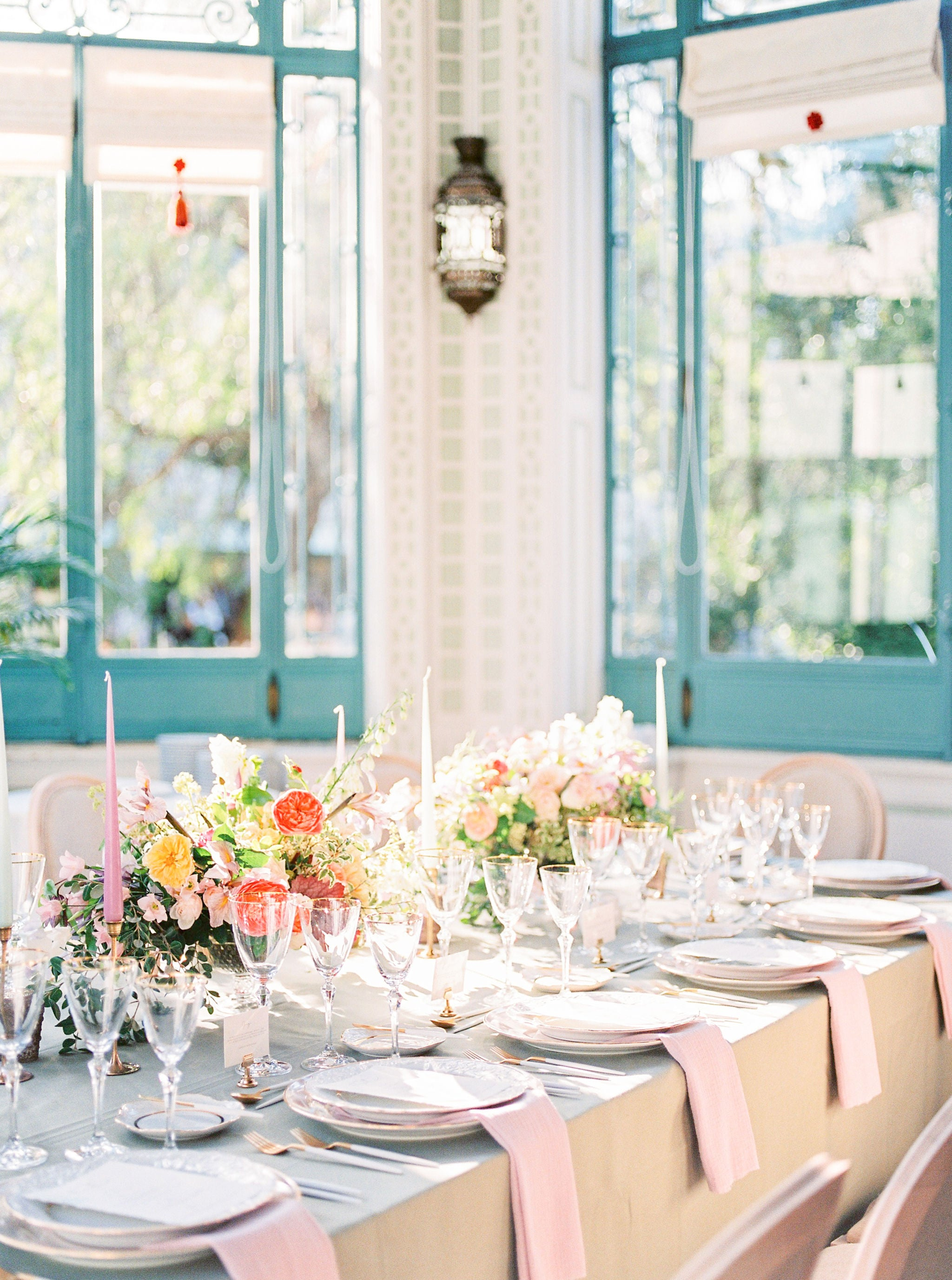 bella belle summer wedding inspiration reception table decor
