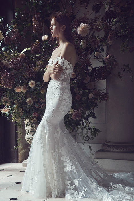 Monique Lhuillier Willow Wedding Dress