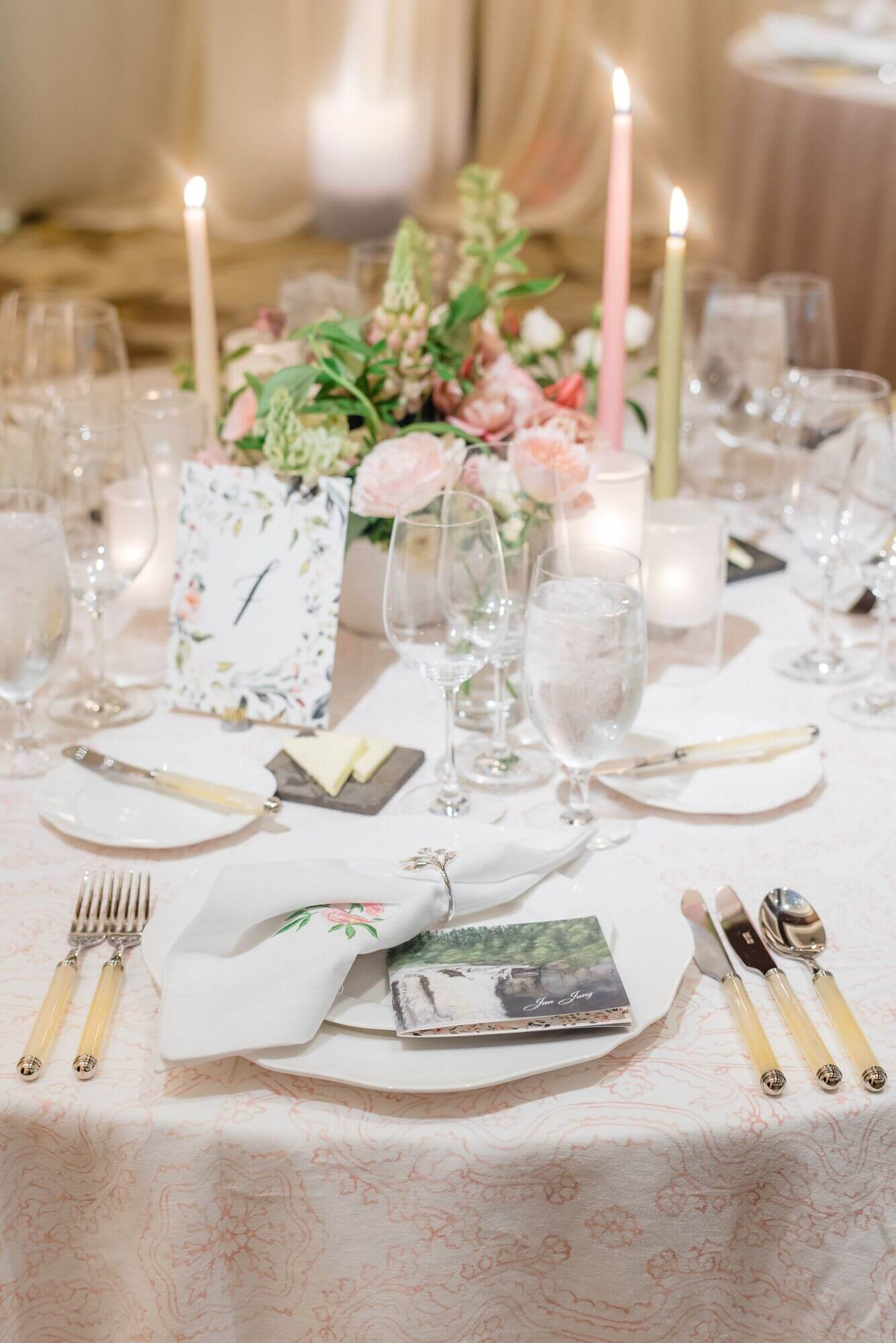 intimate wedding planning tips