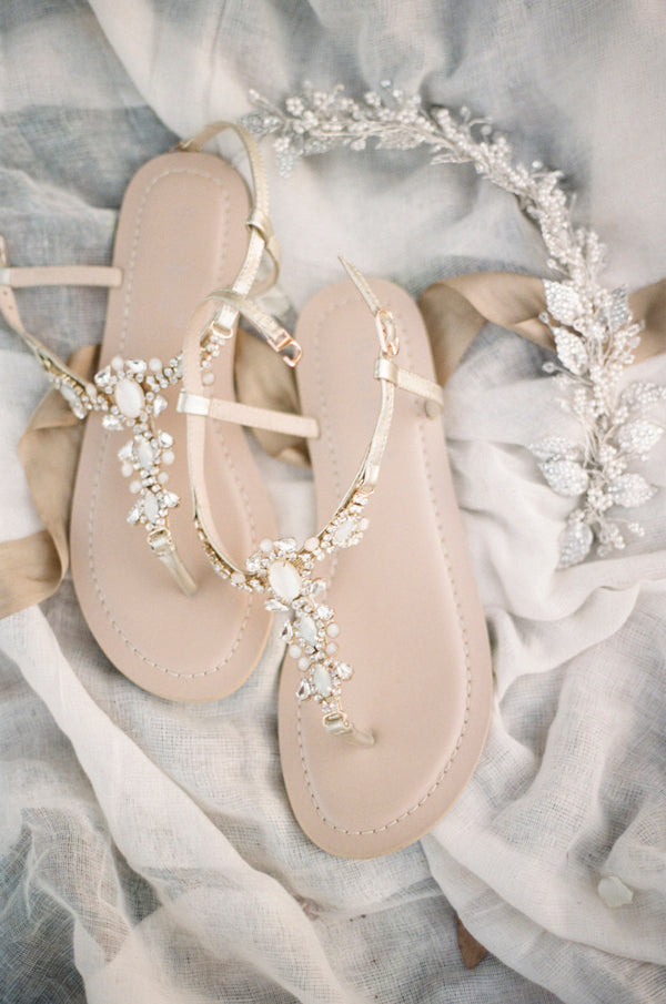 Bella belle blog the latest news in wedding shoes trend for Flat dress sandals for weddings
