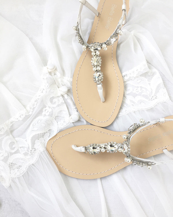Wedding Sandal Hera is has silver jewels, is comfortable and has extra padding.