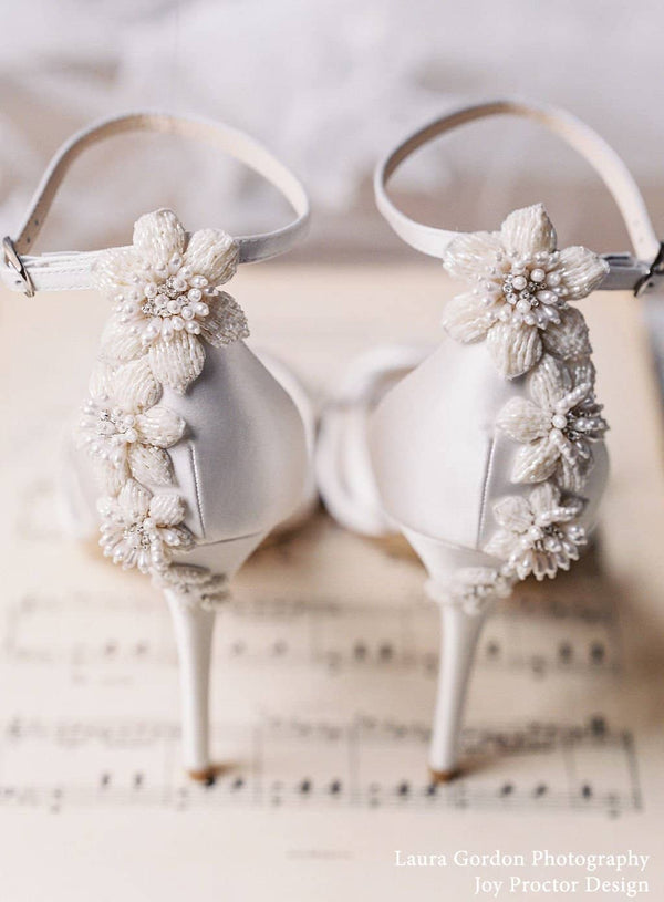 bella belle gardenia floral pearls ivory wedding shoe - Back Design