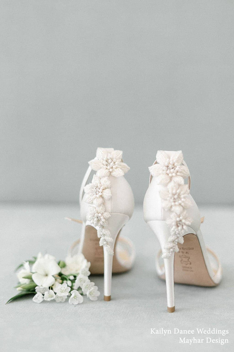 Gardenia 3D Floral Pearls and Ivory
