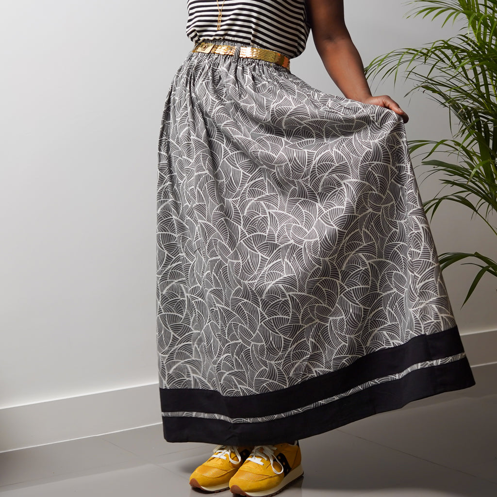 Banded Monochrome Gathered Skirt