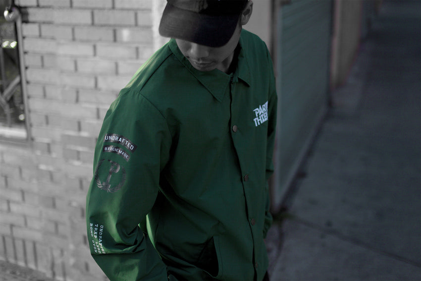 THEFT ARMY WINDBREAKER