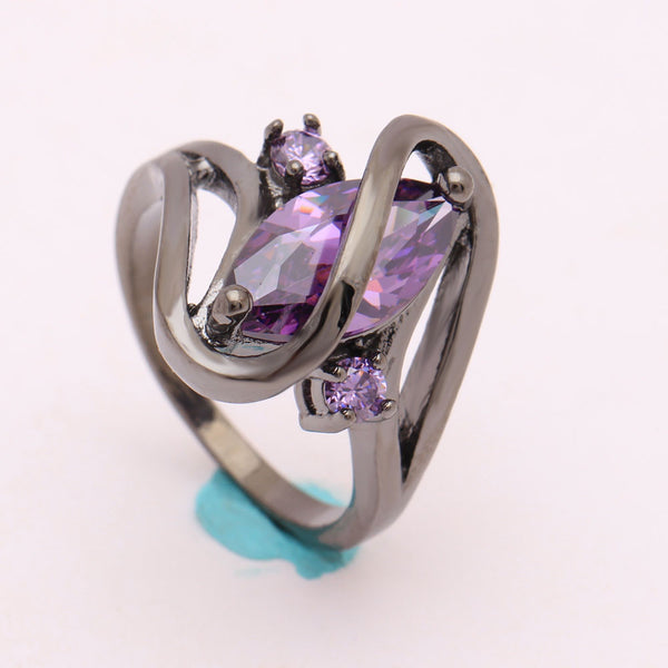 Curved Ring with Gemstone