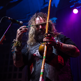 Live Gallery: Cavalera - Return to Roots