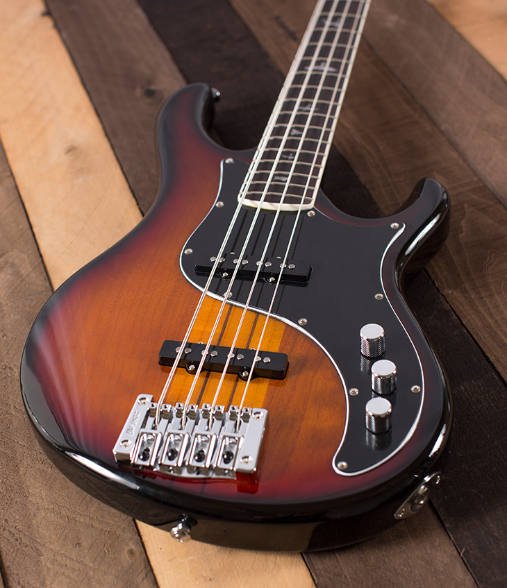 PRS SE Kestral Bass in Tri-Color Sunburst