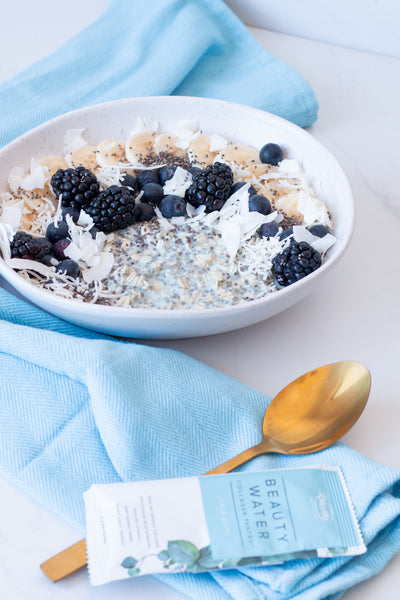 Warm Creamy Berry Beauty Oats