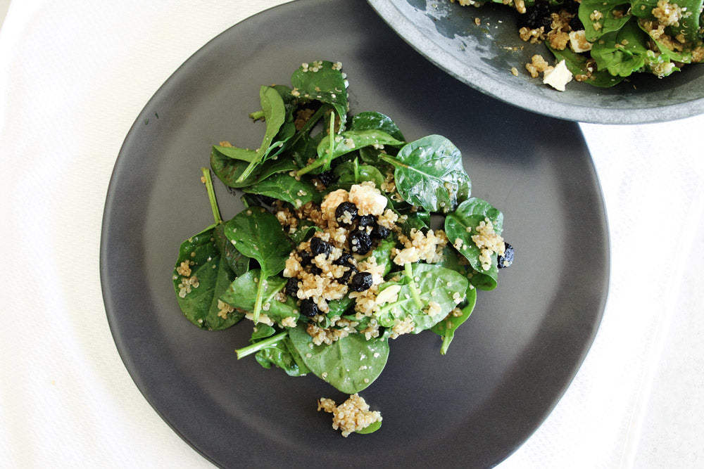 5 ingredient summer salad spinach and blueberry quinoa salad