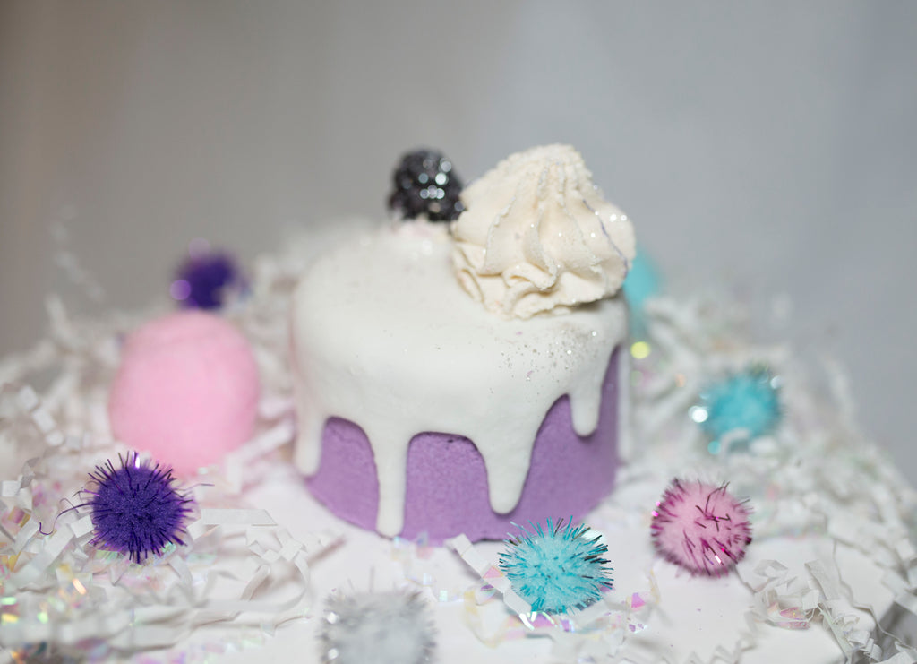 Black Raspberry Vanilla Cake 3-in-1 Bath Bomb/Bath Melt/Bubble Bar