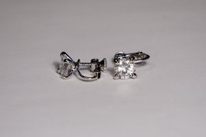 Crystal Stud Earrings 8mm Clip On