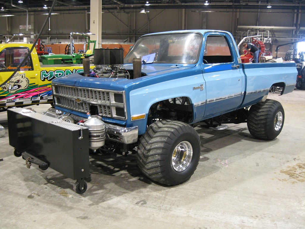 Keystone Nationals Championship Indoor Truck and Tractor