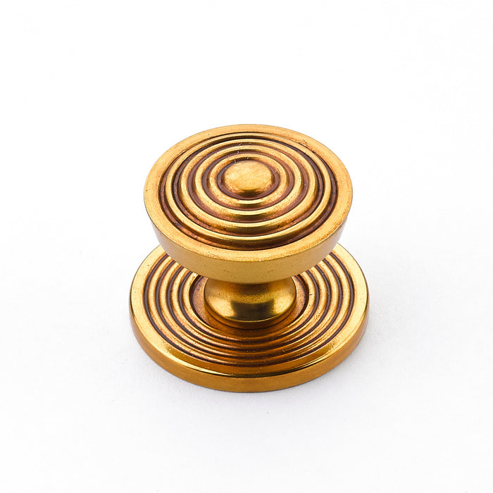 "Reeded Antique Bronze Beehive 1-1/8"" Round Knob w/ Backplate - Brass Cabinet Hardware"