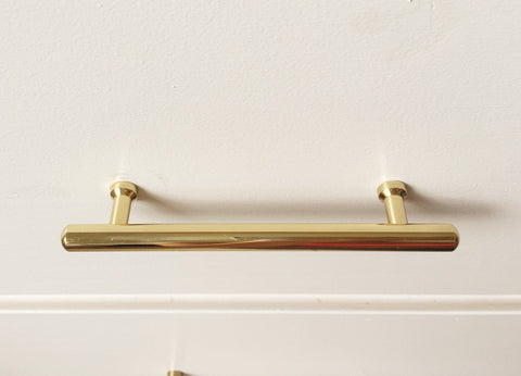 Tara Brass Drawer Pull - Polished Brass Drawer Pull - Drawer Knob - Cabinet Knobs - Furniture Knobs in Brass Metal - Brass Cabinet Hardware