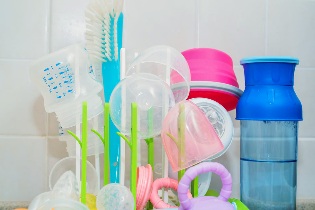 A Clean Slate: How to Clean Baby Bottles