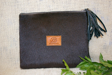 Medium Clutch - Black Collection