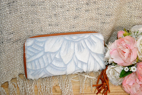 Carved Wallet ~ Single Zip White Collection