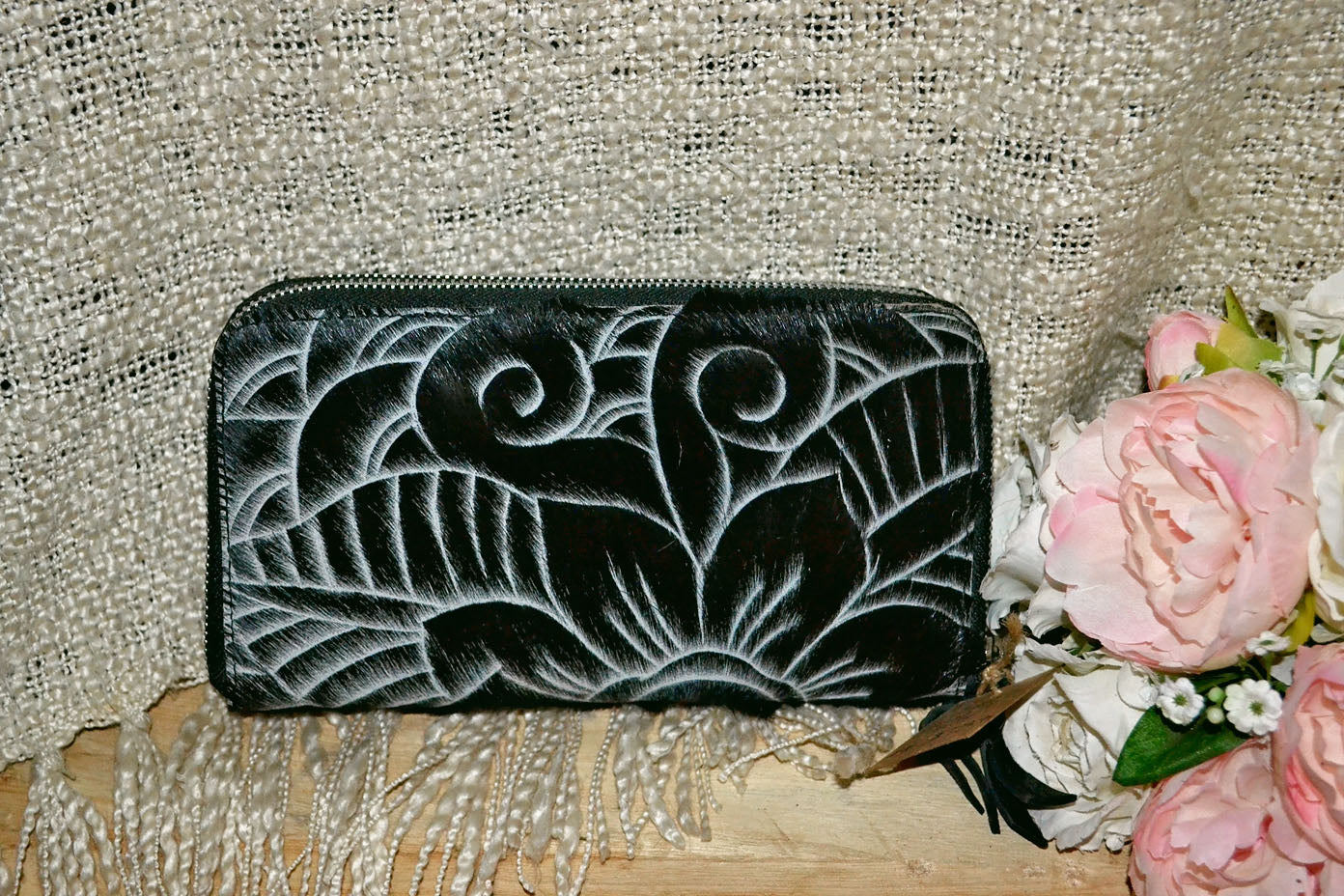 Carved Wallet ~ Double Zip Black Collection