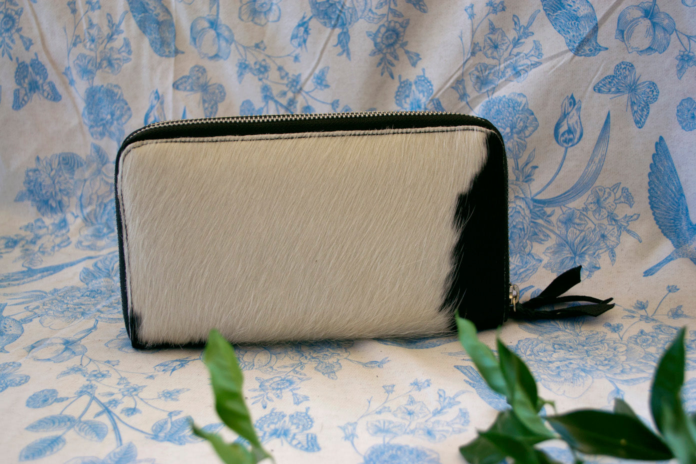 Wallet ~ Double Zip Black & White Collection
