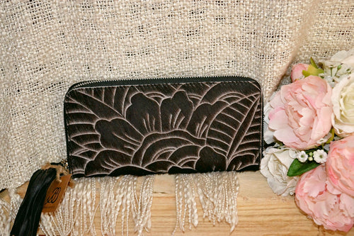 Carved Wallet ~ Single Zip Black Collection