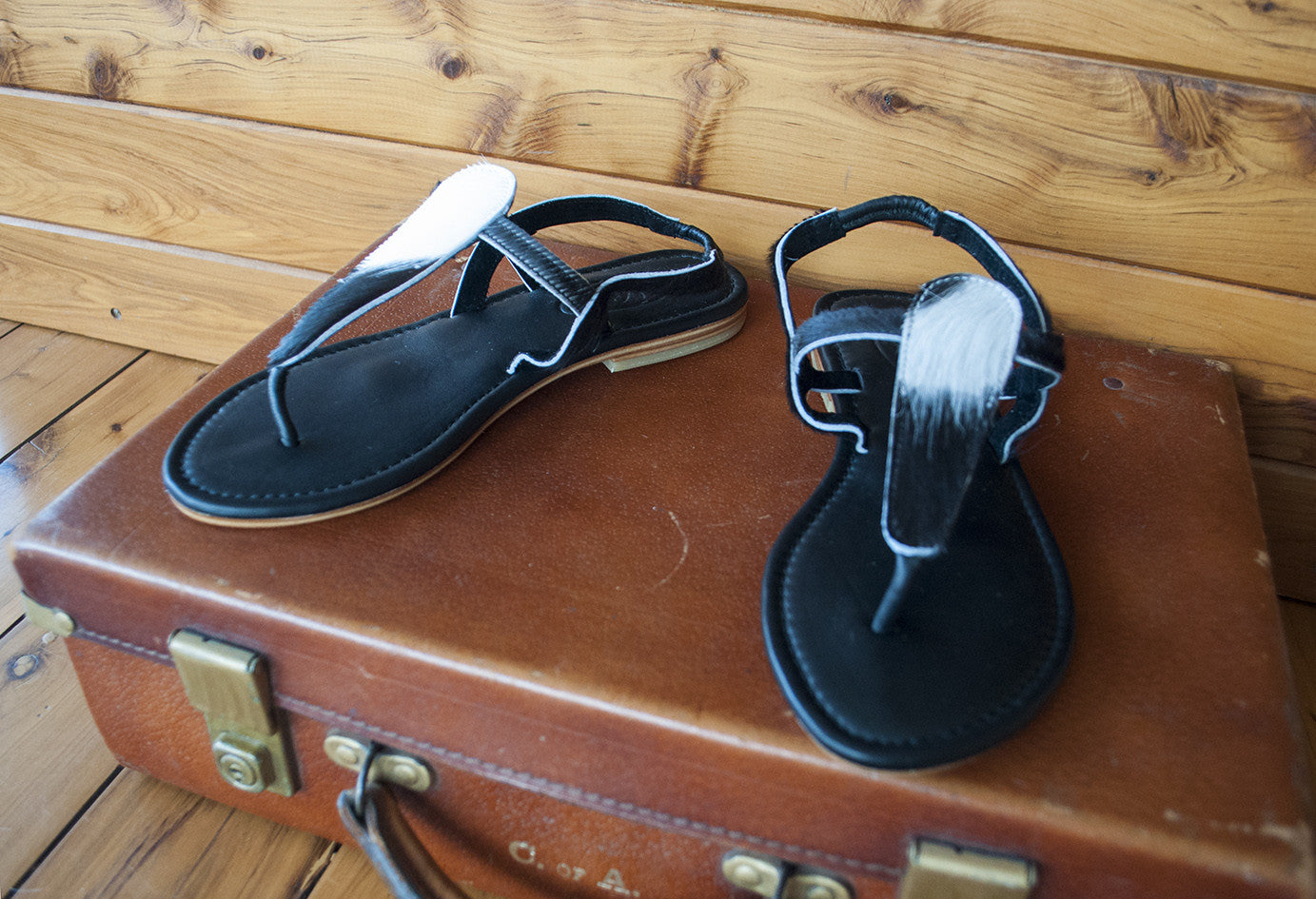 White & Black Sandals ~ Size 38