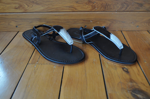 Black & White Sandals ~ Size 38