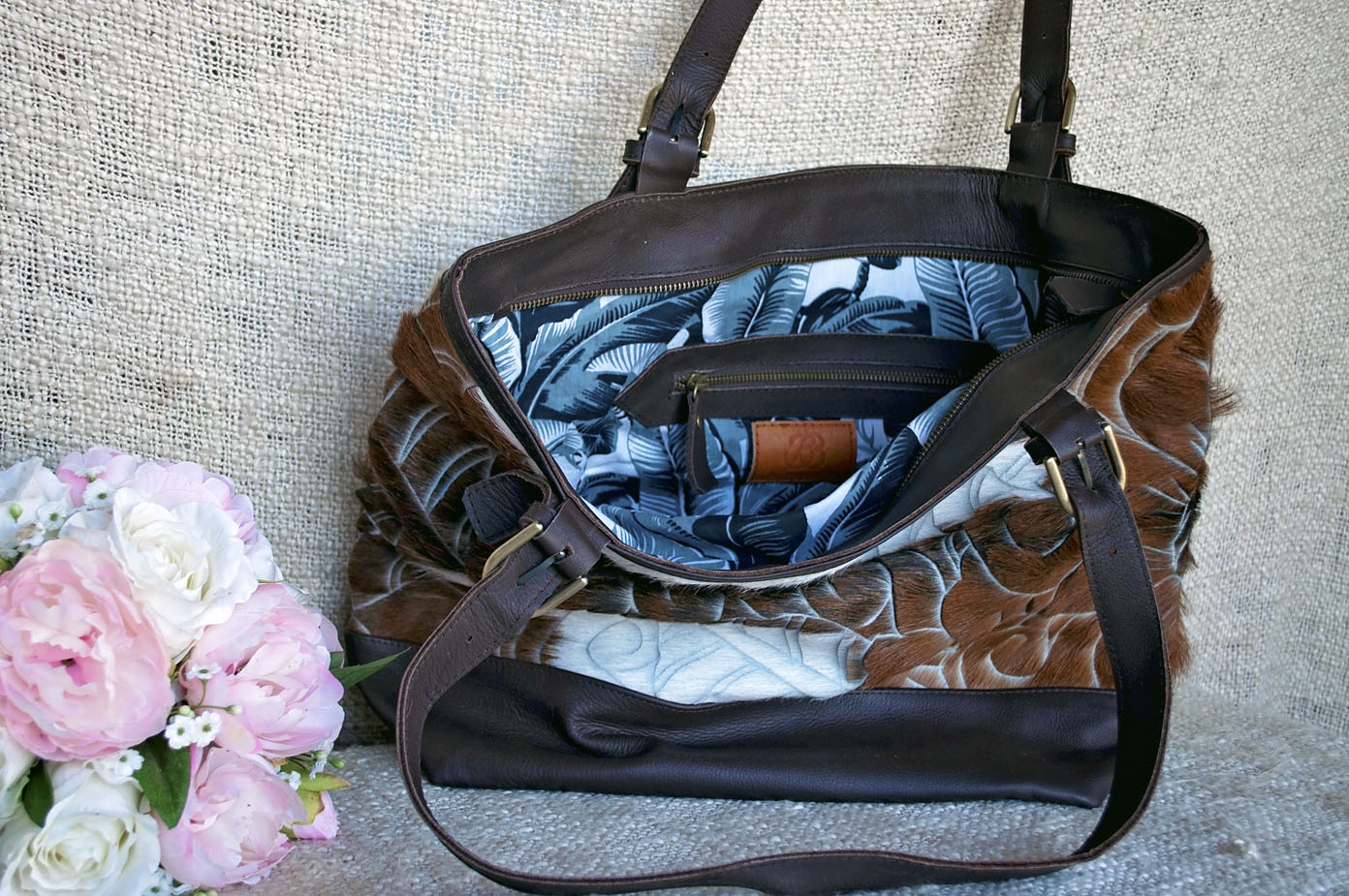 Toolong Tote ~ Brown & White Carved Collection