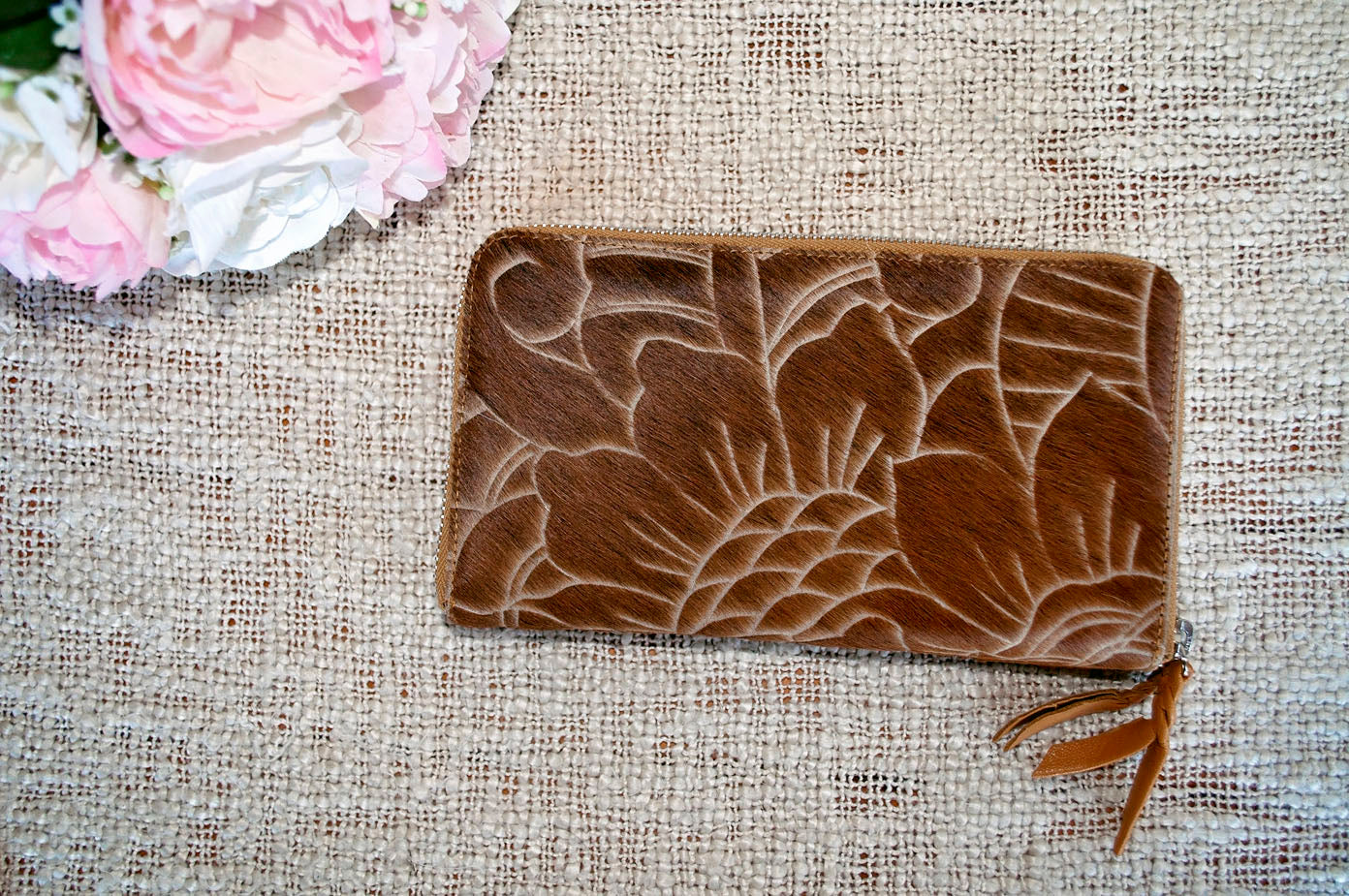 Carved Wallet ~  Double Zip Tan Collection