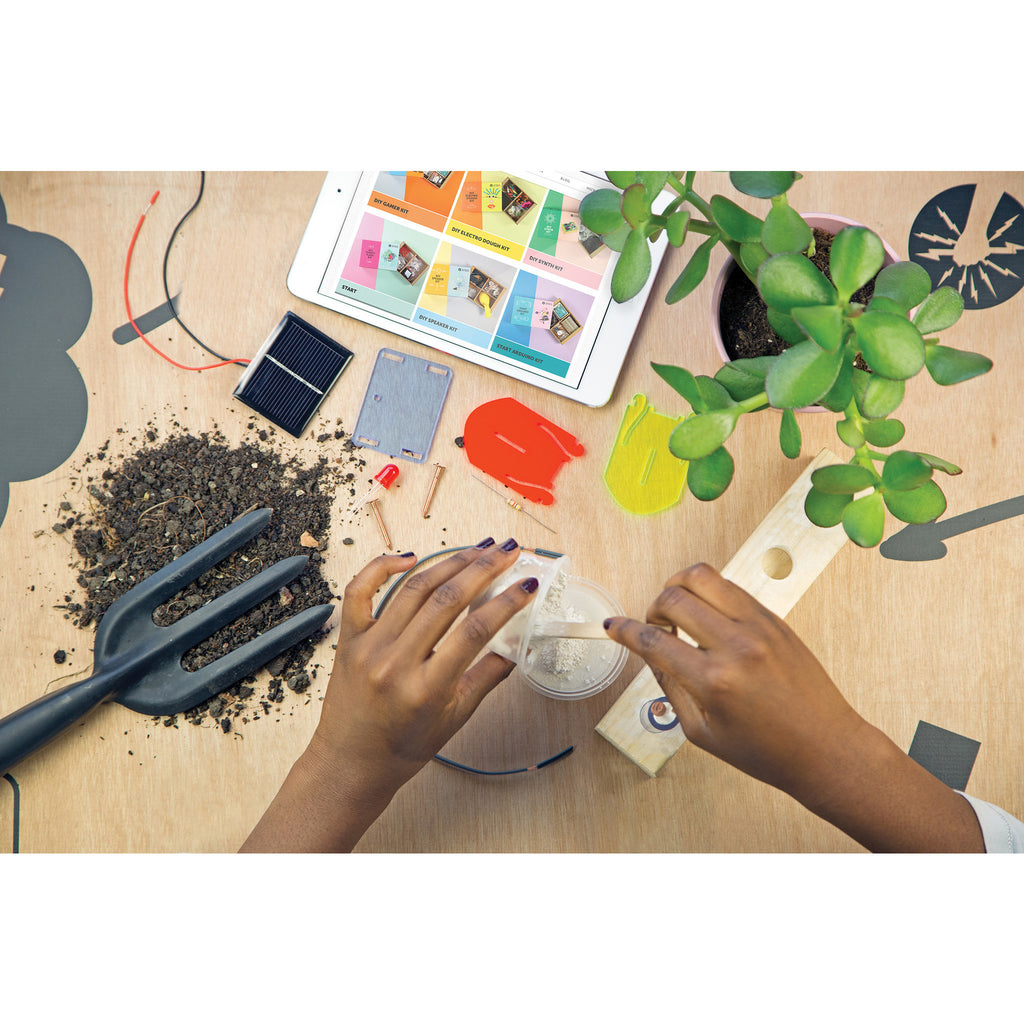 Technology Will Save Us - DIY Plant Kit