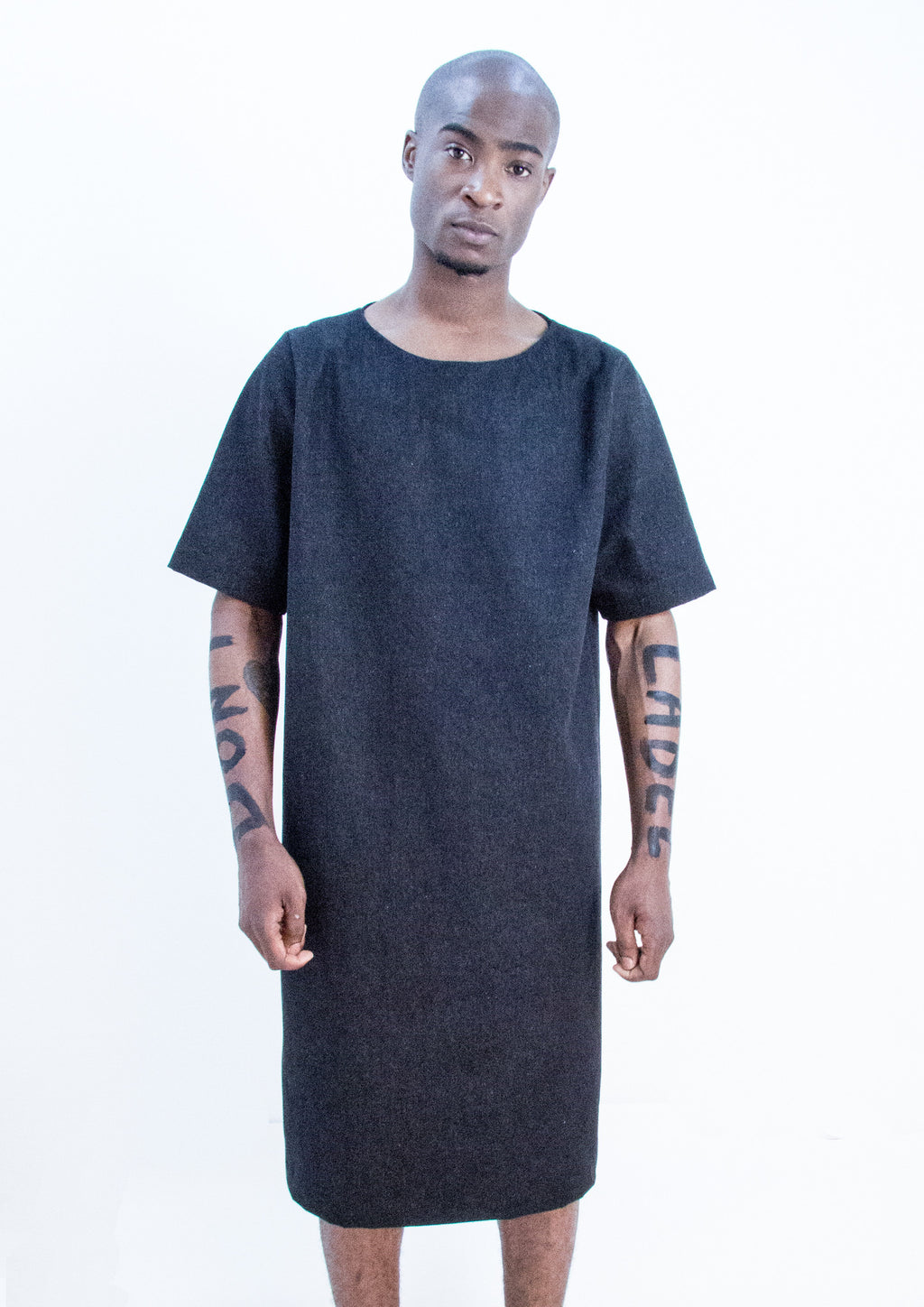 THE UNCUT -  SHORT SLEEVED DRESS - NOBODY HAS TO KNOW