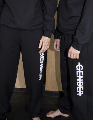 Statement sweatpants // gender - NOBODY HAS TO KNOW