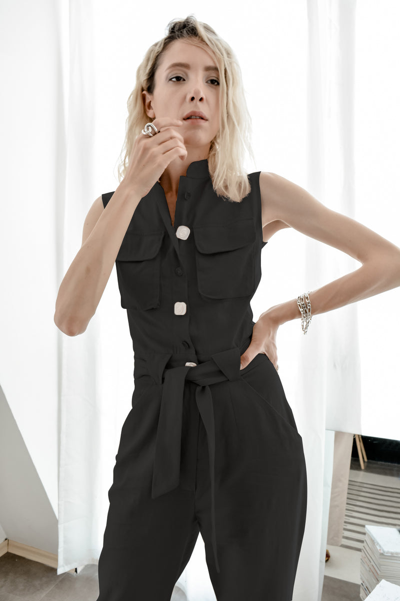 Black linen sleeveless jumpsuit with Mandarin collar