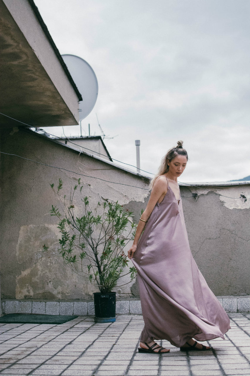 Pink Loose Fit Maxi Dress - BastetNoir