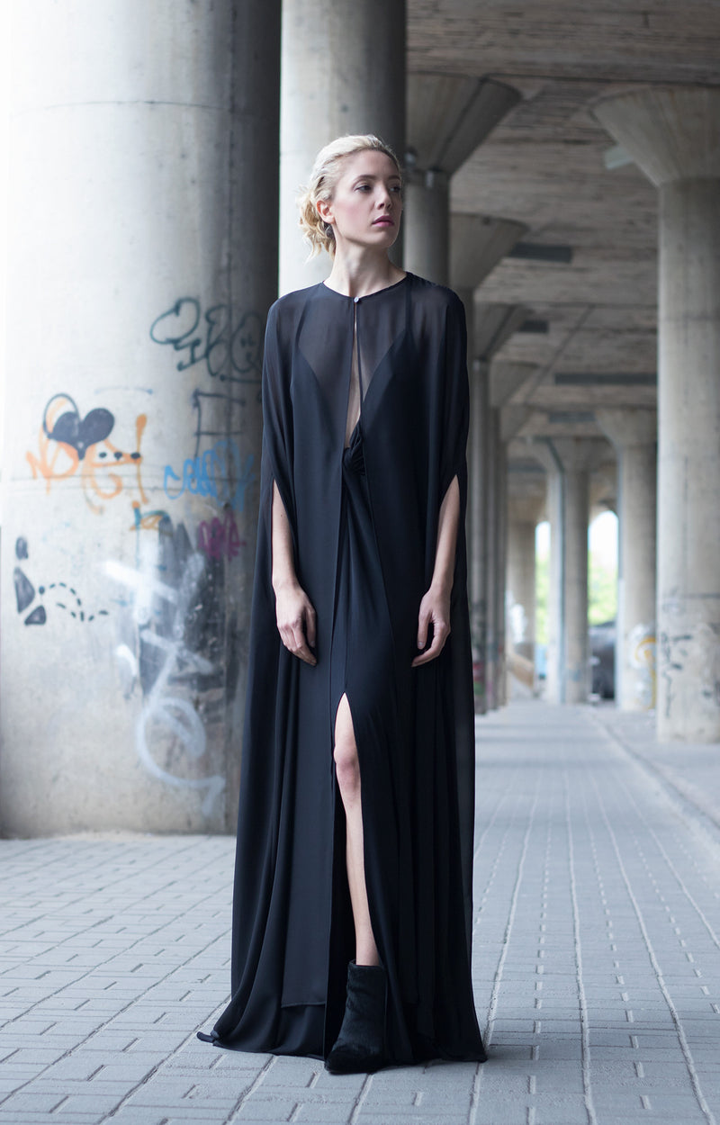 Black cape dress - BastetNoir