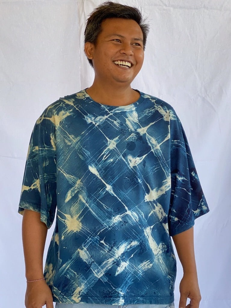 Andika Handpainted Organic Cotton T-Shirt - Backyard Fence