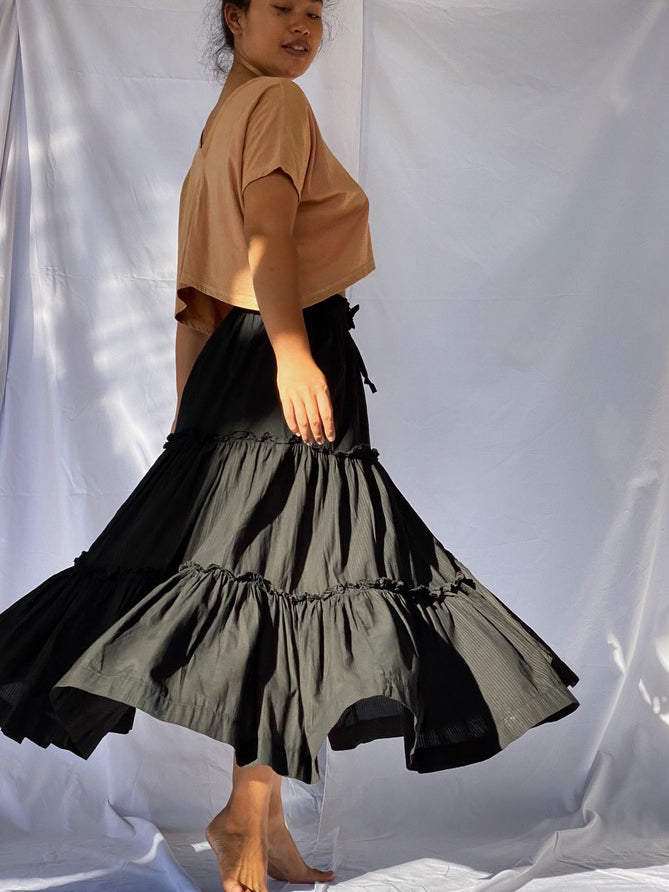 Anika Plant Dyed Organic Cotton Tiered Skirt - Matte Black