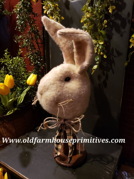 #TBH15 Primitive Short Bunny Rabbit Head On Antique Spool (Made In USA)